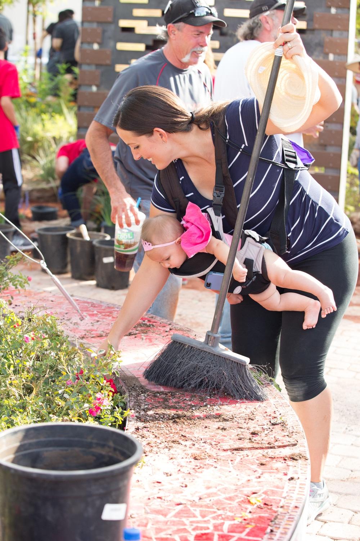 Healing Garden volunteers